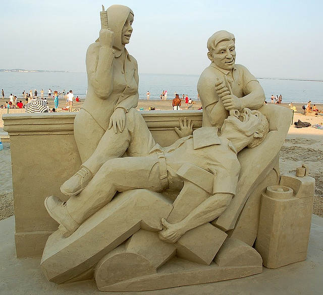Dentist Sand Sculpture