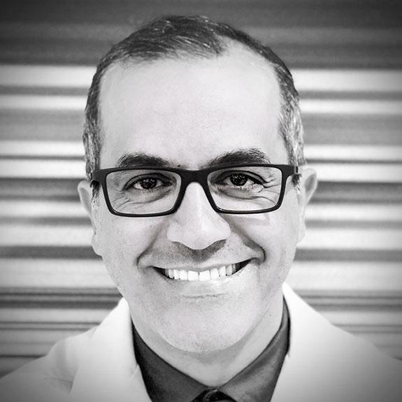 Dr. Ali Hooshangui at Neesh Dental in Saskatoon Saskatchewan